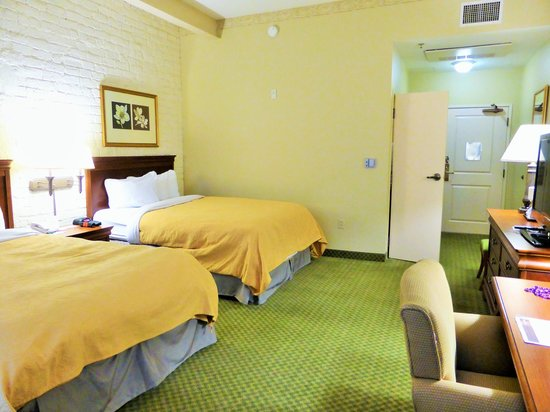 Country Inn & Suites By Carlson, New Orleans French Quarter: room 224
