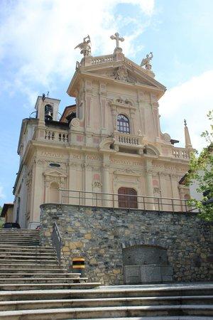 Funicolare Como-Brunate : the church at the top