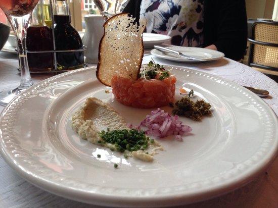 Neiburgs Restaurant : Laksetatar