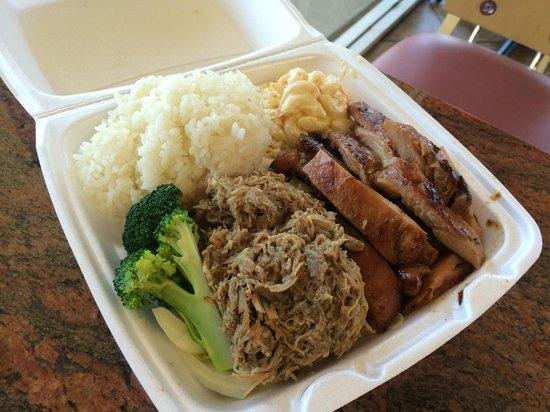 Leo's Island BBQ: Pork BBQ Chicken Combo