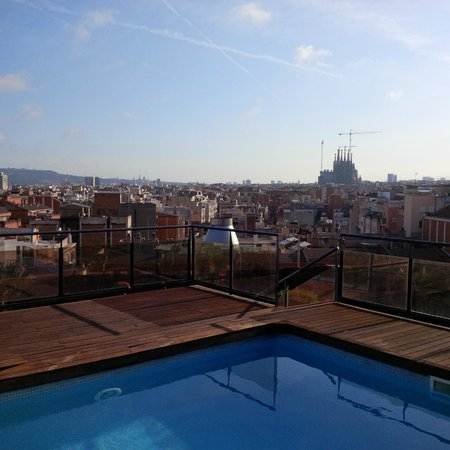 Catalonia Atenas Hotel : View of Barcelona