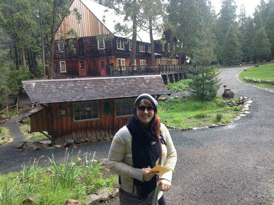 Breitenbush Hot Springs: Rachael & Lodge