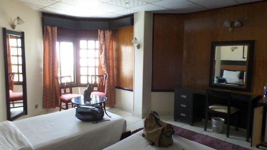 Pyramisa Isis Corniche Hotel : Second bedroom superior suite
