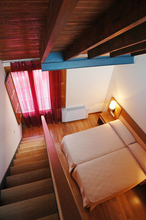 Hotel Rural La Casa del Cubon: HD Dúplex nº2 abuhardillada con terraza