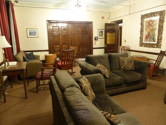 Leo House: The lounge