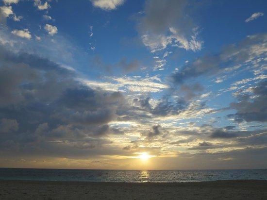 Secrets Royal Beach Punta Cana: Sunrise