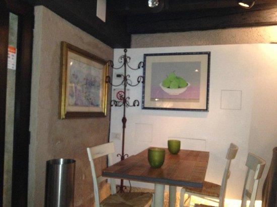 Osteria del Cason: entrance room