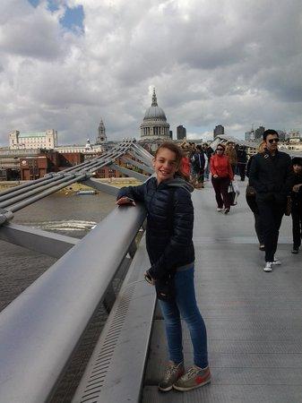 Millennium Bridge : Marty sul Millenium