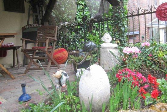 La Maison d'Hocquincourt : The Garden