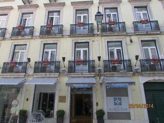 Residencial Florescente : facciata hotel