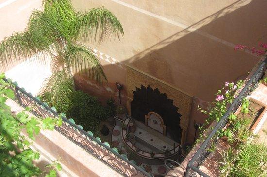 Riad Tara Hotel & Spa : giardino