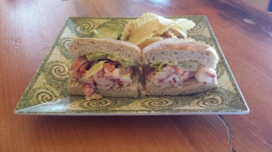 Petrillo's: lobster roll