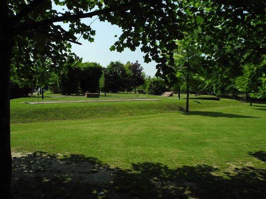 Hotel Terme Orvieto : Parco: zona minigolf