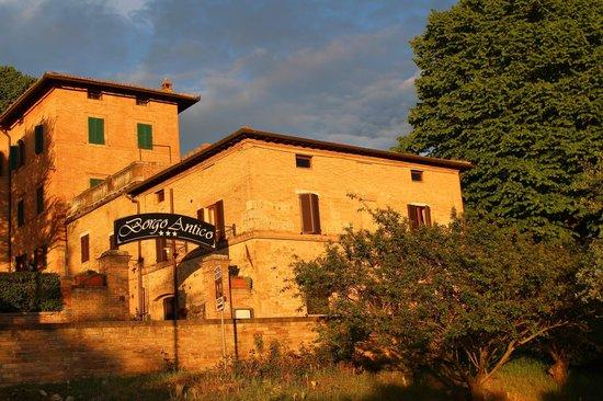 Borgo Antico: Vista esterna
