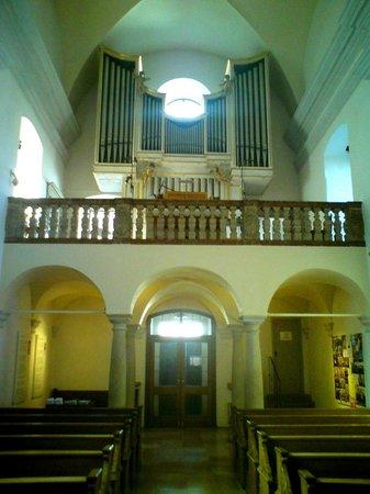 Wallfahrtskirche und Paulinerkloster Mariahilf: Orgel.