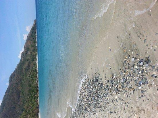 Talipanan Beach : Beautiful
