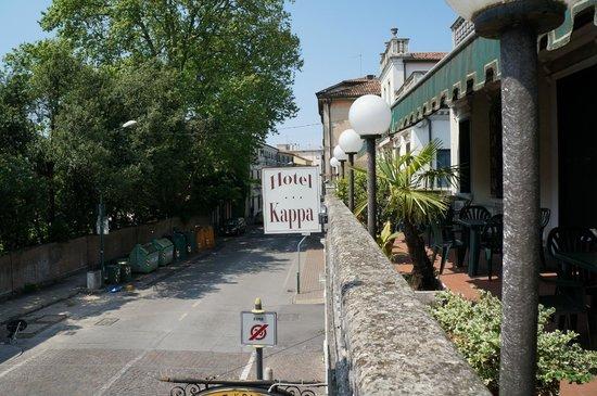 Kappa Hotel: vista dal terrazzino dell'hotel
