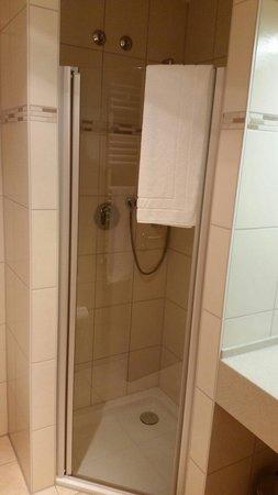 Eberl Hattenhofen : Badezimmer