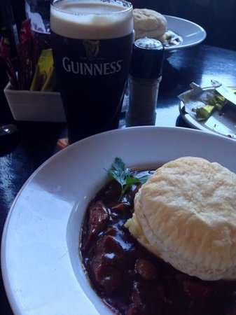 Arthur's Pub: beef and guinness stew