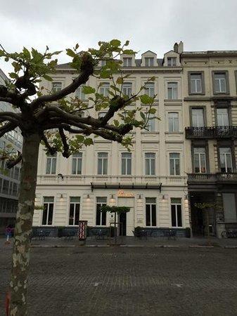 Pillows Grand Hotel Place Rouppe: Hotelfassade
