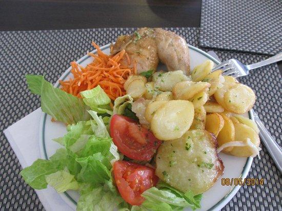 Gavimar Ariel Chico Club Resort: Dinner