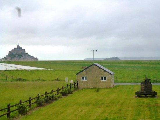 Le vent des greves: photo de la fenêtre de la chambre jaune