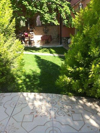 Sinter Terasse House Hotel : il giardinetto
