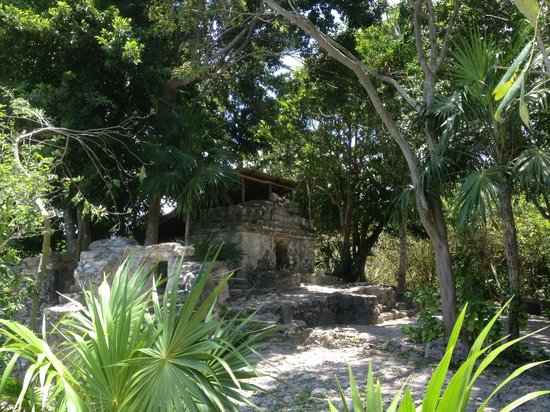 Occidental Grand Xcaret All Inclusive Resort: Mayan ruins