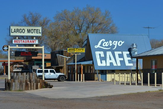 Quemado, NM: Roadside Motel