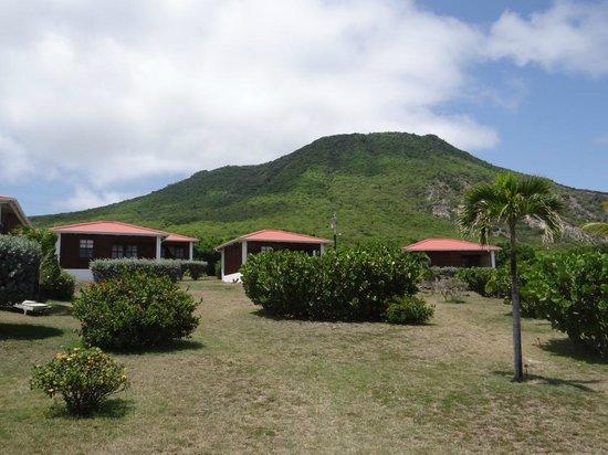 Statia Lodge: belíssimo The Quill ao fundo