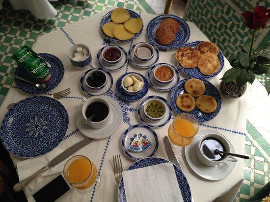 Dar Al Andalous: Food