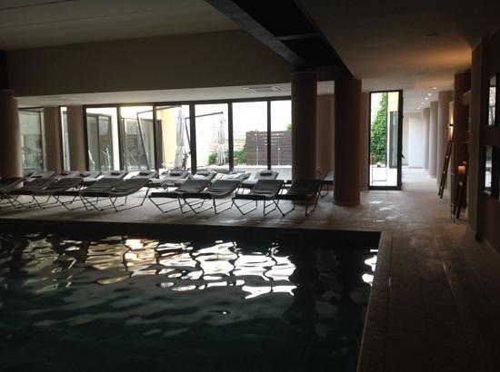 Principe Di Lazise: piscina coperta