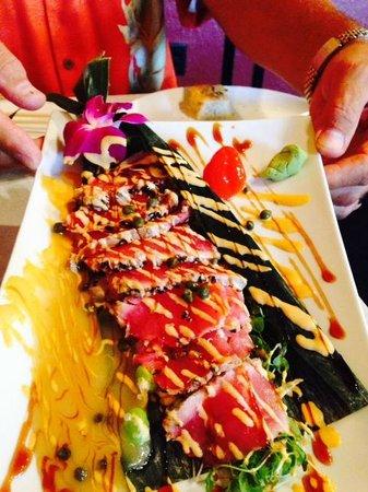 Blaze Bistro: Chef Todd's Ahi Tuna......Outstanding!!