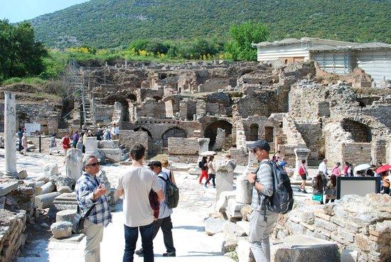 No Frills Ephesus Tours: Mehmet leading the group
