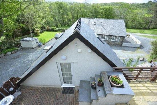 Gwynfryn Farm Cottages and B&B: Stylishly designed studio accommodation. Classy :)
