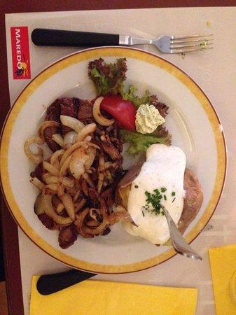 """MAREDO Steakhouse Berlin Gedächtniskirche: Grillteller """"Hacienda"""""""