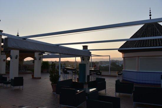 Hesperia Córdoba: Rooftop Terrace at Hesperia Cordoba