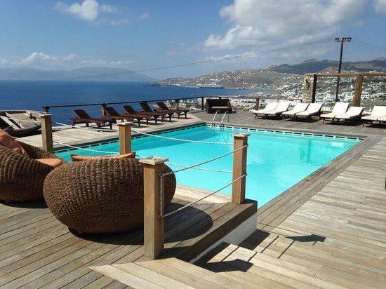Tharroe of Mykonos Hotel : pool