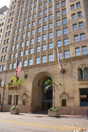 Courtyard by Marriott San Diego Downtown: Front door