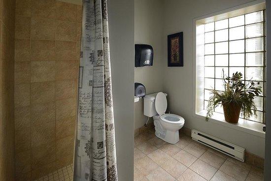 Le Gite 812: Salle de bain