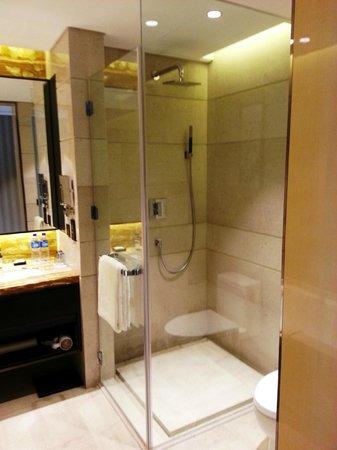 Crowne Plaza Beijing Lido: Bathroom