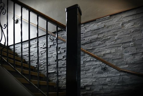 Le Gite 812: Escalier