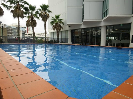 Novotel Brisbane: Pool (etwas kalt)