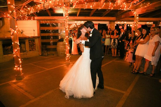 Te Awa Winery Restaurant & Cellar Door: First dance at Te Awa Winery