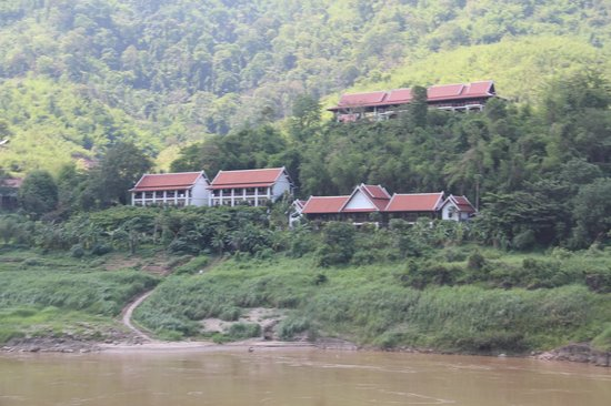Sanctuary Pakbeng Lodge: Restaurants and Lodges from Mekong Elephant Camp