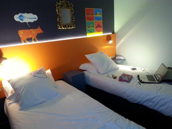 Hotel Gabriel : Quarto do hotel duas camas de solteiro no 1º andar