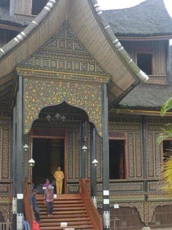 Abdi Homestay, Ikbal & Noni : Princes Palace