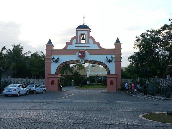 ClubHotel Riu Tequila: Entrada