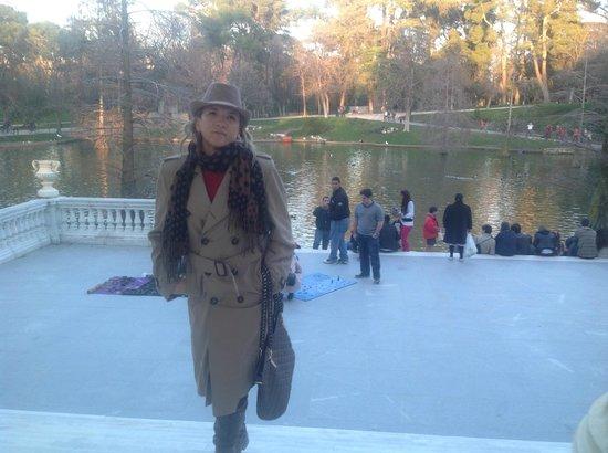 Retiro Park (Parque del Retiro): em frente ao Palacio de Cristal