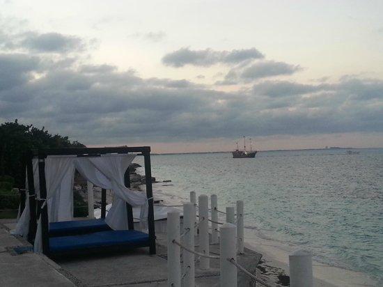 Hotel Dos Playas Beach House: Playa